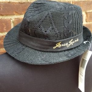 NWT open Weave Guess hat